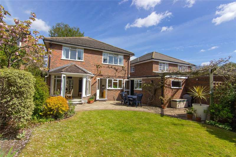 4 Bedrooms Detached House for sale in Vicarage Road, East Sheen, SW14