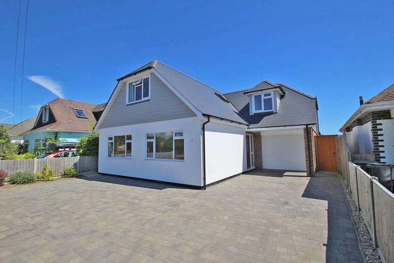 5 Bedrooms Chalet House for sale in Mudeford, Christchurch, Dorset
