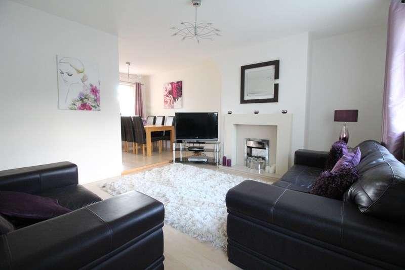 3 Bedrooms Semi Detached House for sale in Roman Road, Jarrow