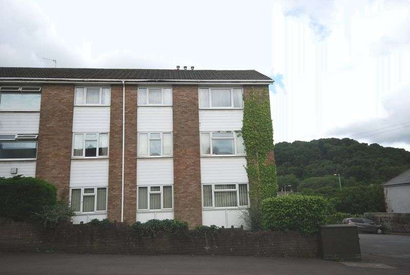2 Bedrooms Flat for sale in 8 White Gates Court, Skewen, Neath, SA10 6AS
