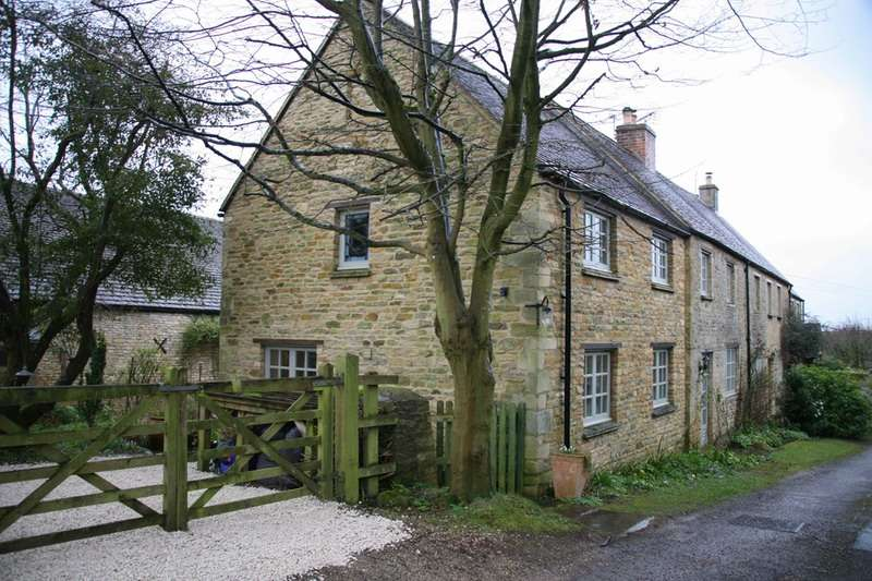 4 Bedrooms Cottage House for sale in Spring Lane, Idbury, Oxfordshire, OX7