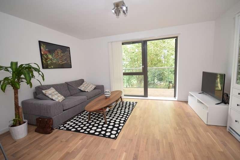 1 Bedroom Flat for sale in Stebondale Street, London, London, E14