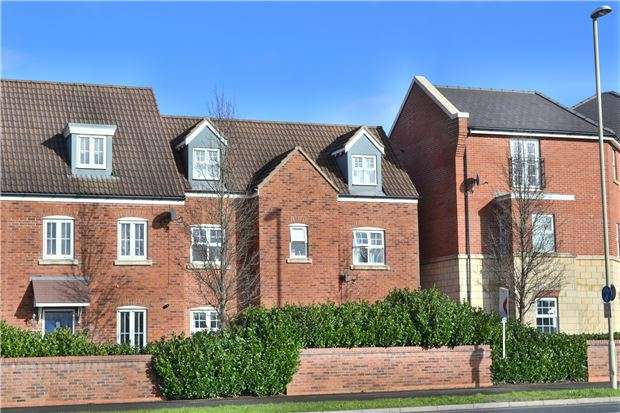 5 Bedrooms End Of Terrace House for sale in Kingsway, Quedgeley, GLOUCESTER, GL2 2AZ