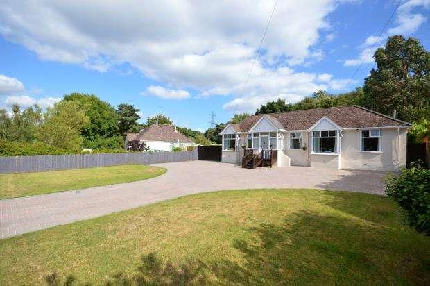 3 Bedrooms Detached Bungalow for sale in Exeter Cross, Liverton, Newton Abbot, Devon