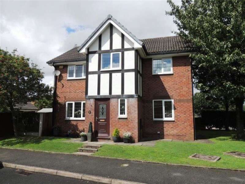 4 Bedrooms Property for sale in Peregrine Crescent, Littlemoss, Droylsden Manchester