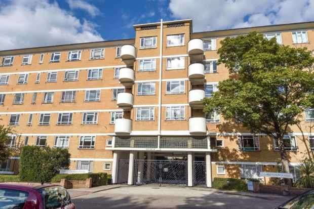 1 Bedroom Apartment Flat for sale in Christ Church House, London, Uk, Greater London, SW2 3UD