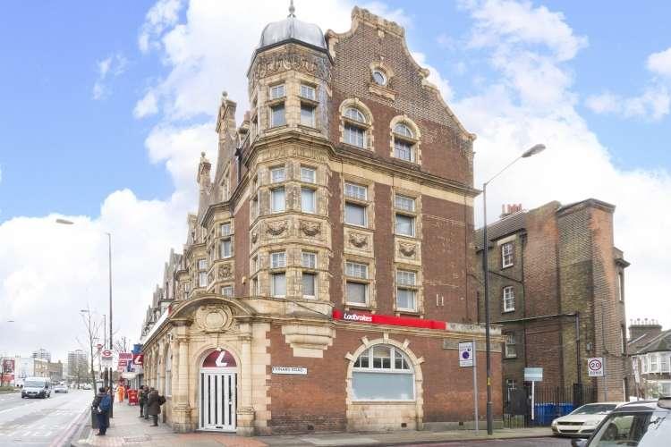 2 Bedrooms Flat for sale in Old Kent Road Peckham SE15