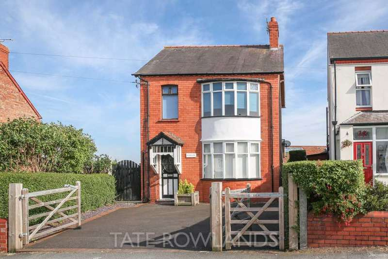 3 Bedrooms Detached House for sale in Mold Road, Connahs Quay