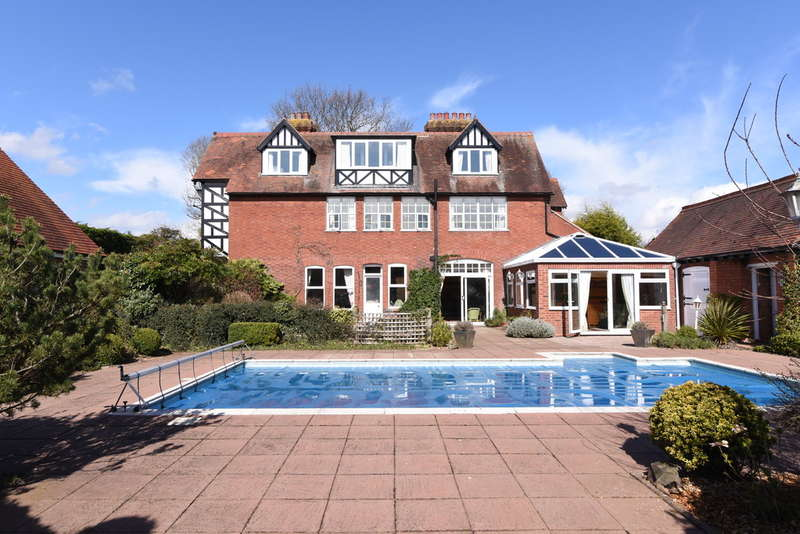 6 Bedrooms Detached House for sale in The Old Vicarage, Church Lane, Lower Broadheath, Lower Broadheath, Worcester, WR2