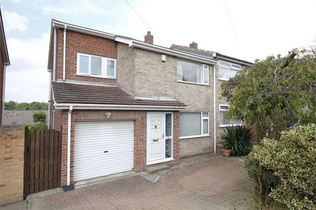 3 Bedrooms Semi Detached House for sale in Chevet Rise, Royston, Barnsley, South Yorkshire