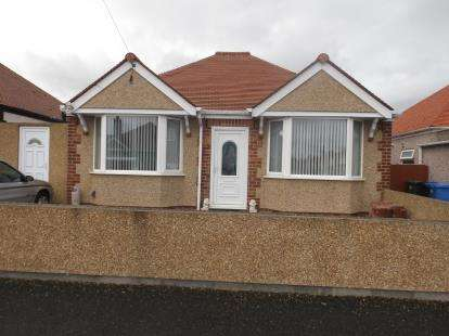 2 Bedrooms Bungalow for sale in Bryncoed Park, Rhyl, Denbighshire, LL18