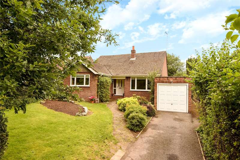 3 Bedrooms Bungalow for sale in New Road, Little Kingshill, Great Missenden, Buckinghamshire, HP16