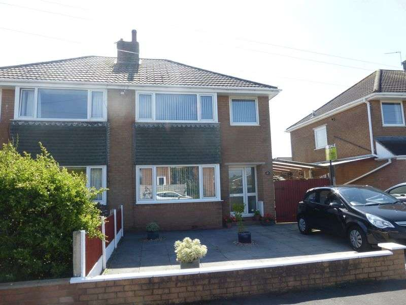 3 Bedrooms Semi Detached House for sale in Sidney Avenue, Hesketh Bank, Preston