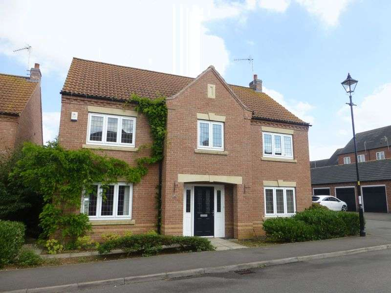 4 Bedrooms Detached House for sale in Kinross Road, Greylees, Sleaford