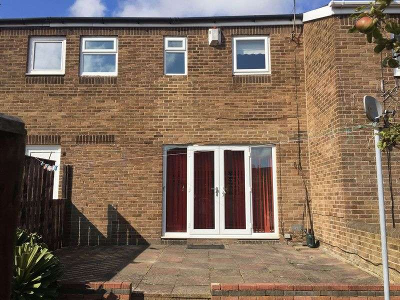 3 Bedrooms Terraced House for sale in Ronsdorf Court, Jarrow