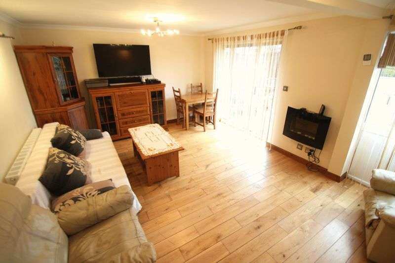 3 Bedrooms House for sale in Squires Ride, Hemel Hempstead