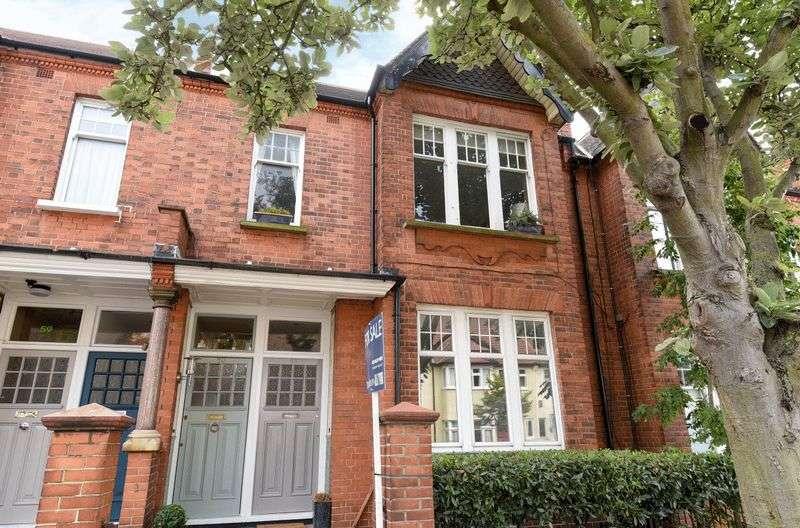 2 Bedrooms Flat for sale in Glencairn Road, Streatham SW16