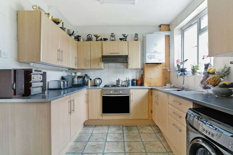 4 Bedrooms Terraced House for sale in Beckway Road, London