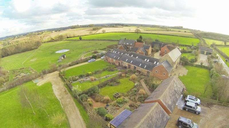 3 Bedrooms Semi Detached House for sale in St Brides Farm, Stanton by Bridge, Derbyshire