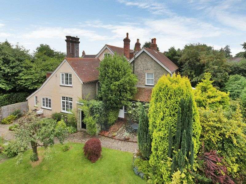 6 Bedrooms Detached House for sale in Hophurst Lane, Crawley Down, West Sussex
