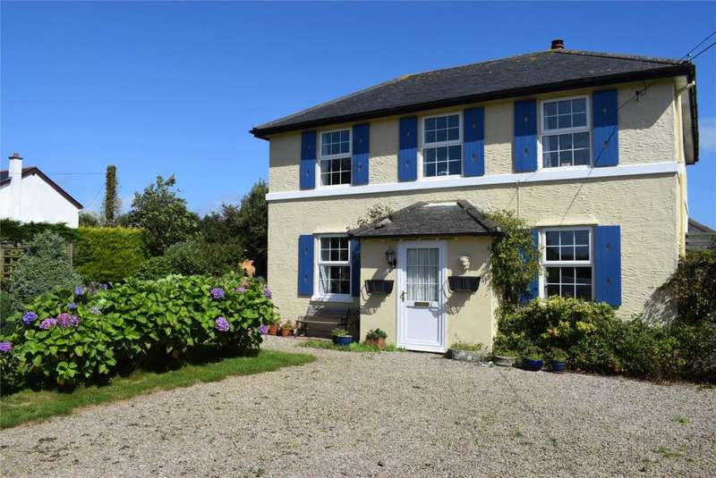 3 Bedrooms Detached House for sale in St. Martin, Near Helston