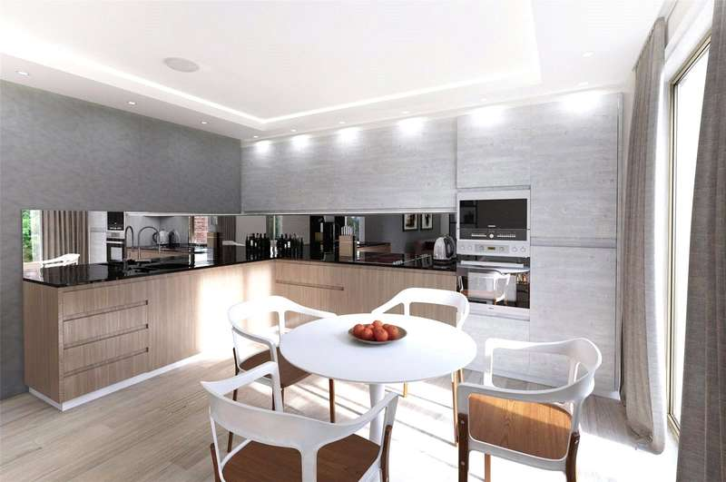 3 Bedrooms Flat for sale in Leighton Road, Kentish Town, London, NW5