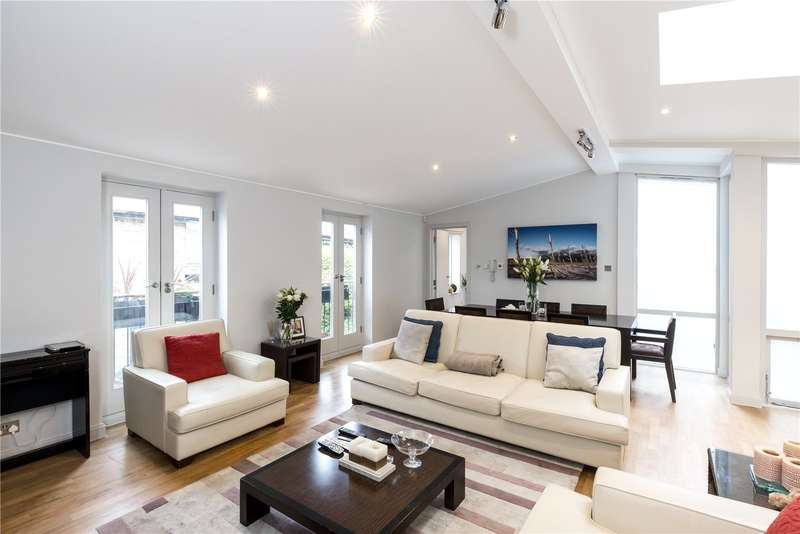 3 Bedrooms Mews House for sale in Royal Crescent Mews, London, W11