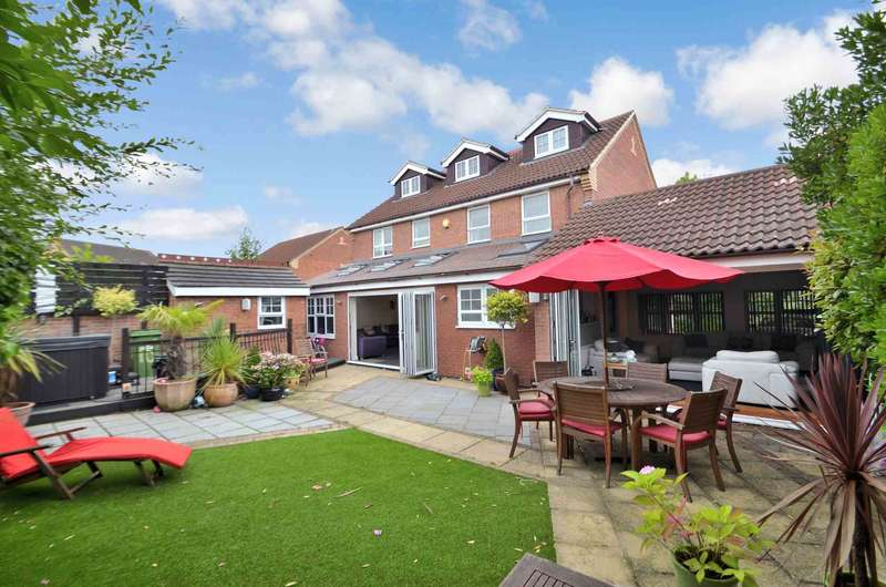 6 Bedrooms Detached House for sale in Emerson Valley, Milton Keynes, Buckinghamshire