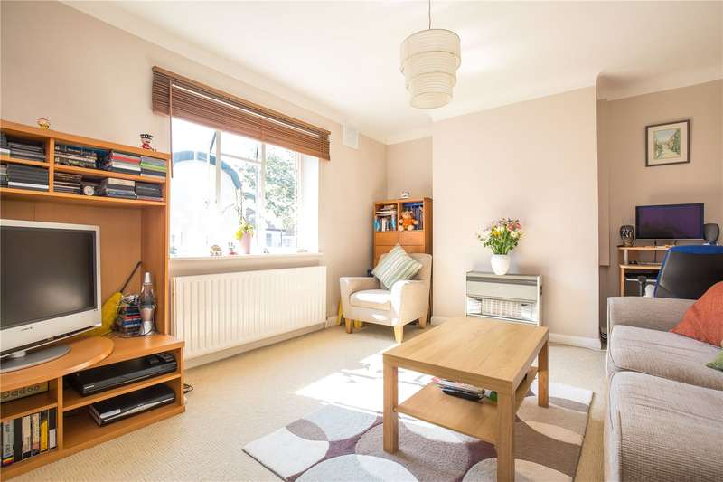 2 Bedrooms Apartment Flat for sale in Ewart Grove, Wood Green, London, N22