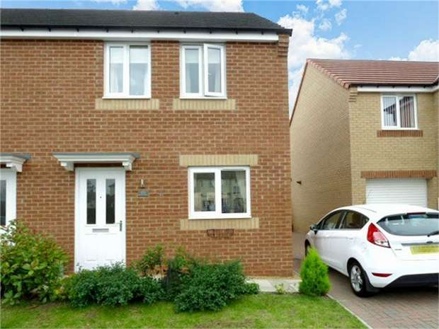 3 Bedrooms Semi Detached House for sale in Balmoral Avenue, Stanley, Durham