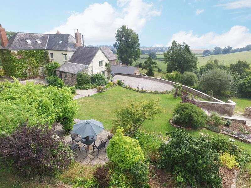 6 Bedrooms Detached House for sale in Whitecastle, Between Abergavenny and Monmouth
