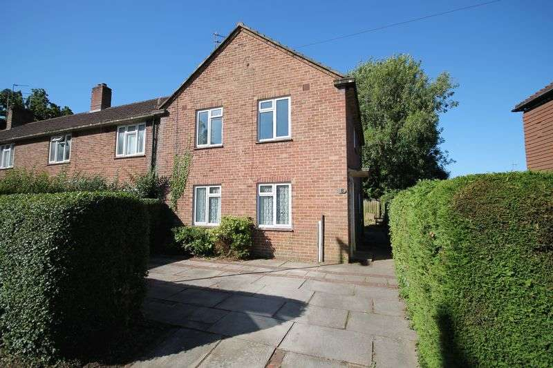 3 Bedrooms House for sale in Sullington Copse, Storrington
