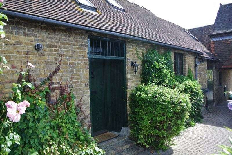 2 Bedrooms Bungalow for sale in Staple, Canterbury