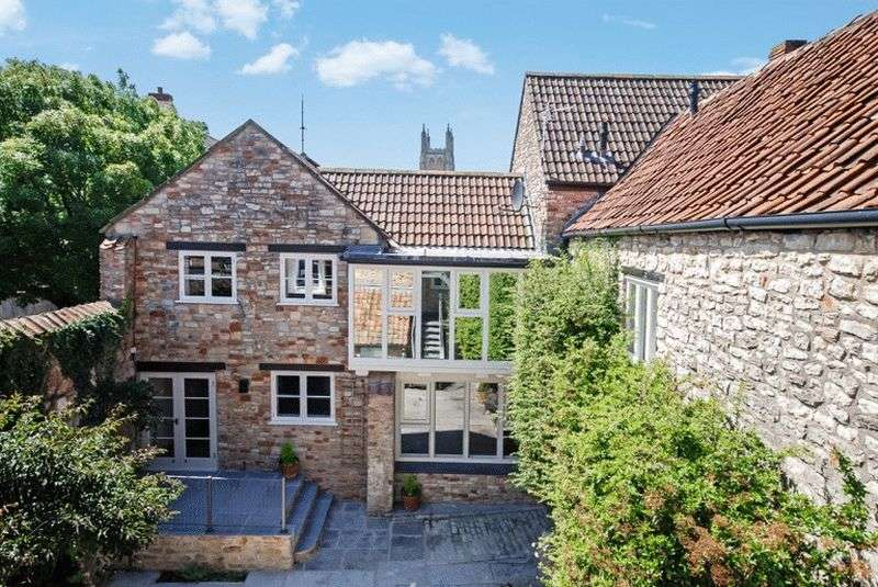 3 Bedrooms House for sale in CENTRAL WELLS