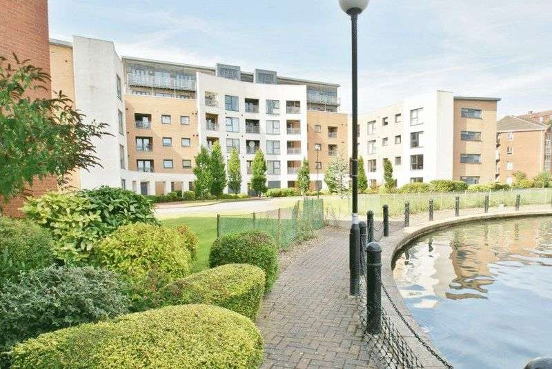 2 Bedrooms Flat for sale in Adler Way, Liverpool
