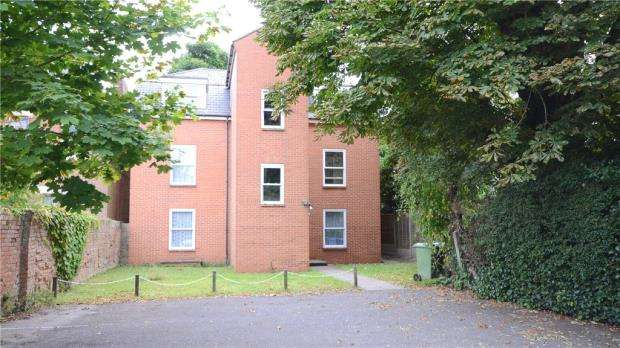 1 Bedroom Apartment Flat for sale in Cullens Mews, Lysons Road, Aldershot