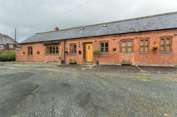 4 Bedrooms Semi Detached House for sale in Church Stoke, Church Stoke, Montgomery, Powys