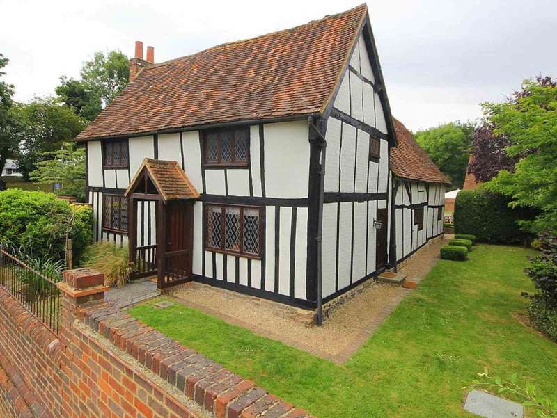 4 Bedrooms Detached House for sale in Rarely available Grade II listed cottage