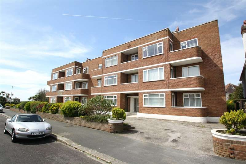 2 Bedrooms Apartment Flat for sale in Winchelsea Court, Winchelsea Gardens, Worthing, BN11