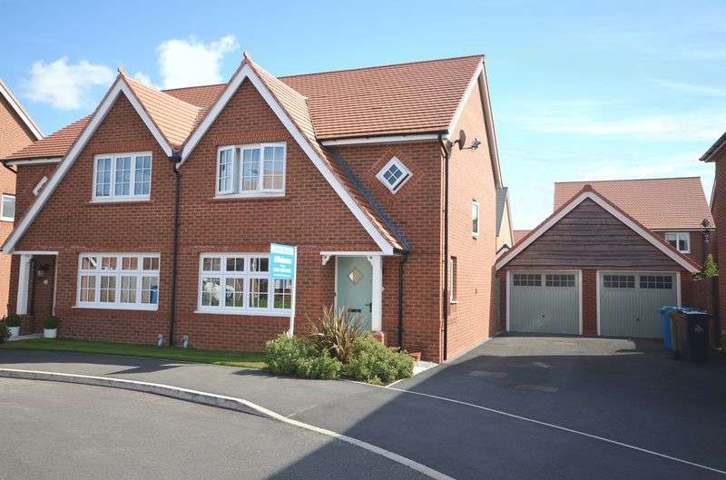3 Bedrooms Semi Detached House for sale in Dorothea Crescent, Widnes