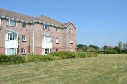 1 Bedroom Flat for sale in 24 Goldenleas Drive, Bournemouth, Dorset