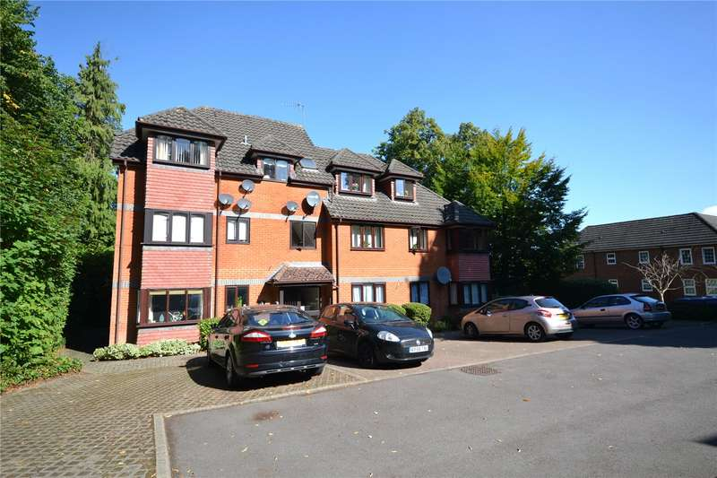 2 Bedrooms Apartment Flat for sale in Crowthorne Lodge, Crowthorne Road, Bracknell, Berkshire, RG12