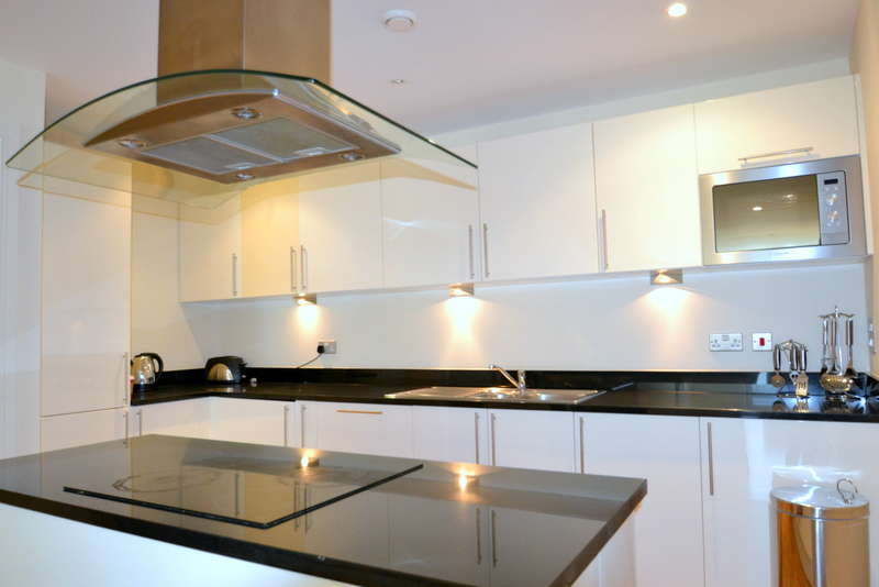 2 Bedrooms Flat for sale in Denison House, Lanterns Court, Canary Wharf