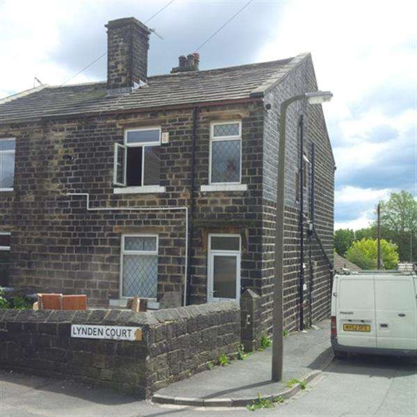 2 Bedrooms Terraced House for sale in Brearcliffe Street, Wibsey, Bradford