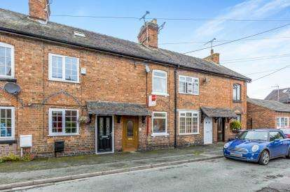 2 Bedrooms Terraced House for sale in Gladstone Street, Willaston, Nantwich, Cheshire
