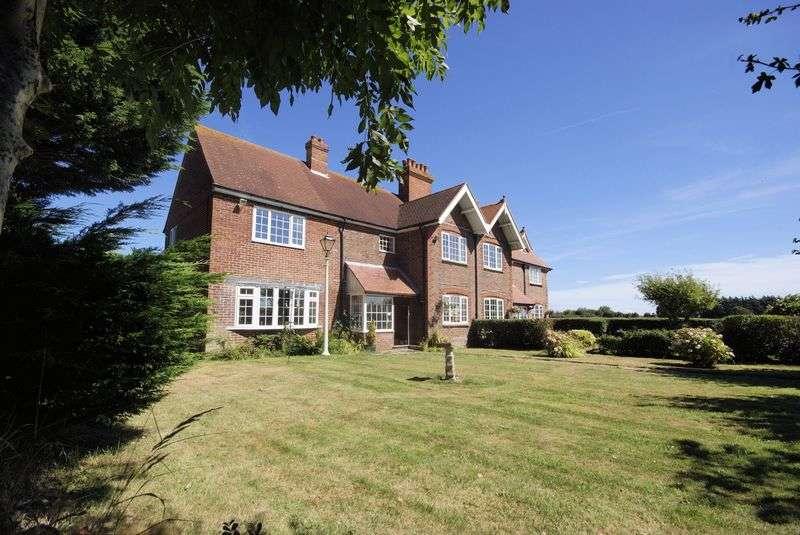 3 Bedrooms Semi Detached House for sale in Rome Farm Cottage West, Stubbington, PO14