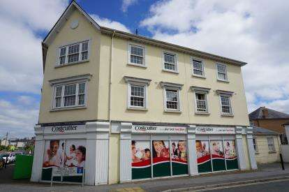 2 Bedrooms Flat for sale in Carlyon Road, St. Austell, Cornwall