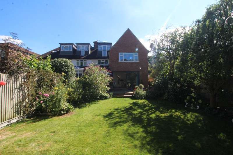 5 Bedrooms Semi Detached House for sale in Gade Avenue, Watford, WD18