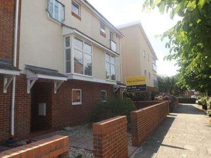 5 Bedrooms Terraced House for sale in Hythe, Southampton, Hampshire