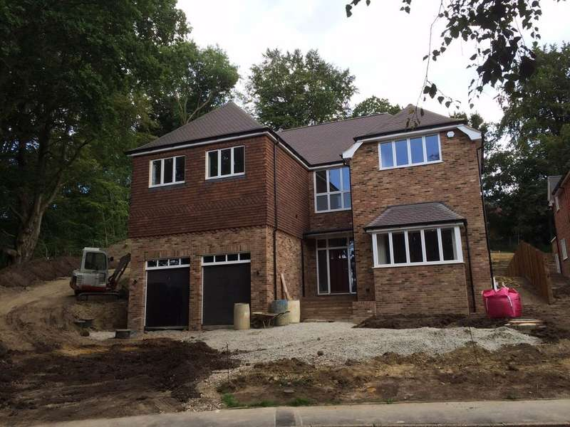 5 Bedrooms Detached House for sale in Brattlewood, Sevenoaks